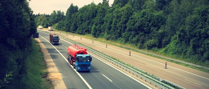 truck-2138974_1920